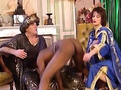 Slut porn tube - busty retro porn
